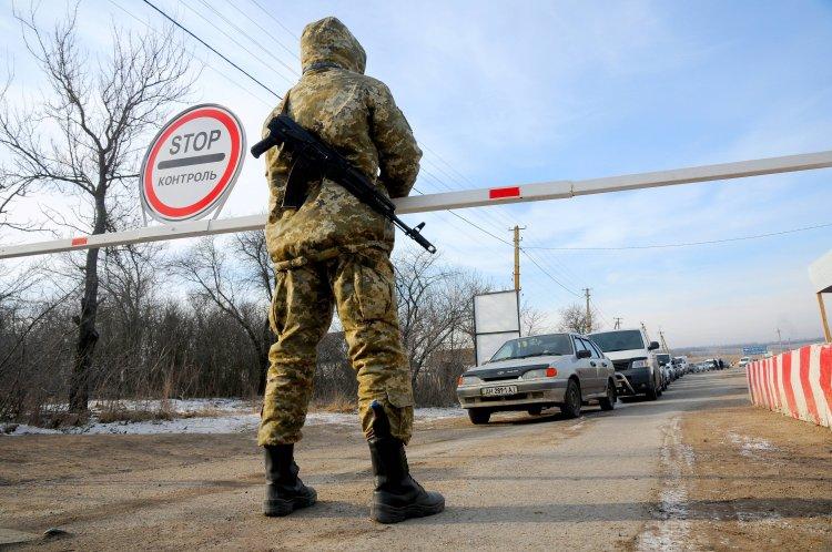 Правительство ввело жесткие ограничения на перемещение товаров через КПВВ Донбасса