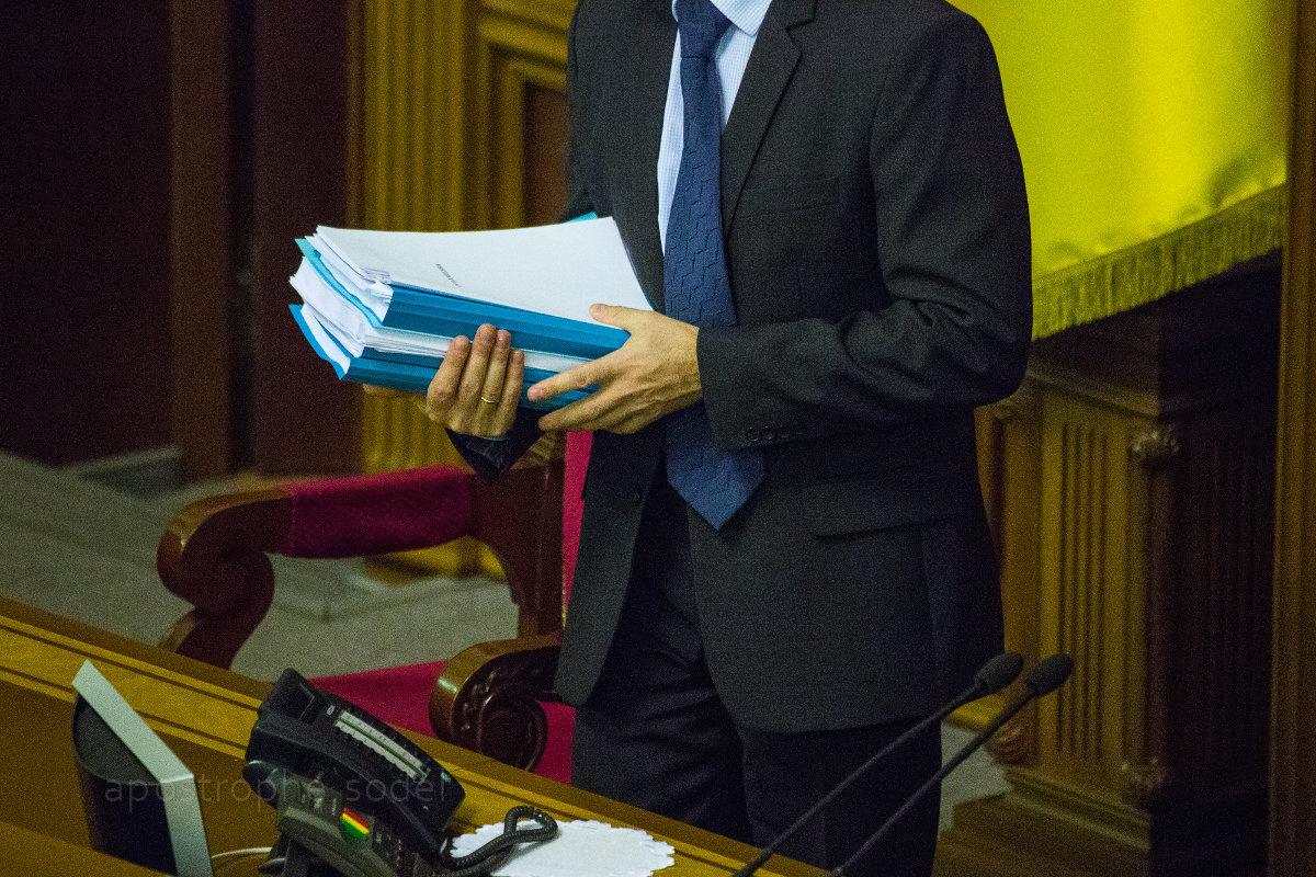 Кабмин не может рассчитать бюджет без новой налоговой базы