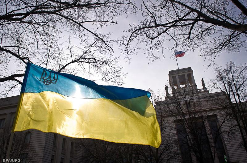 Украина неадекватно реагирует на угрозу из Москвы, нужно искать новых союзников/Прогноз для мира и Украины на 2018 год