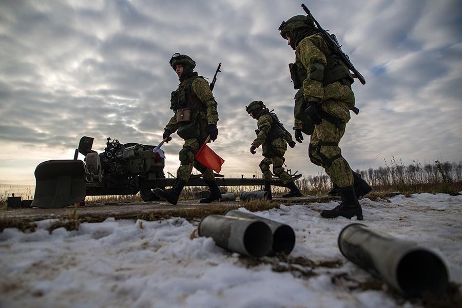 В 2017 году из России в Беларусь планируется перевезти беспрецедентно большой объем военных грузов