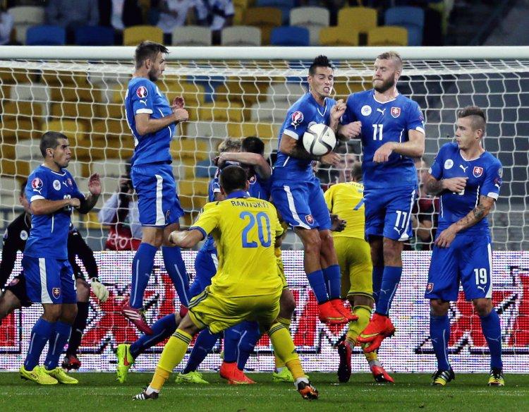 Национальная команда столкнулась с трудностями в квалификации Евро-2016