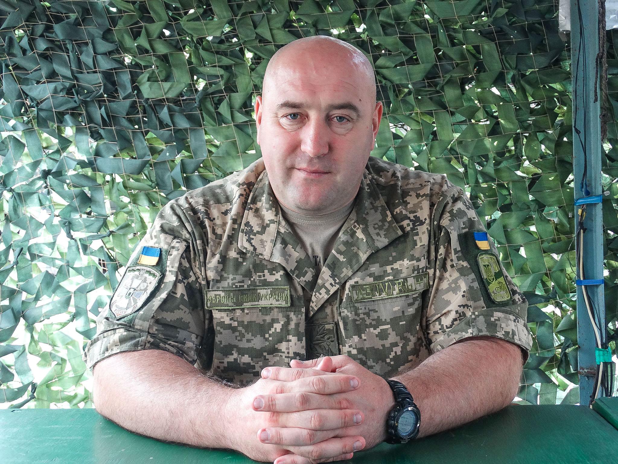 Олег Микац о перемирии, волонтерах в зоне АТО и невоенных путях освобождения Донбасса