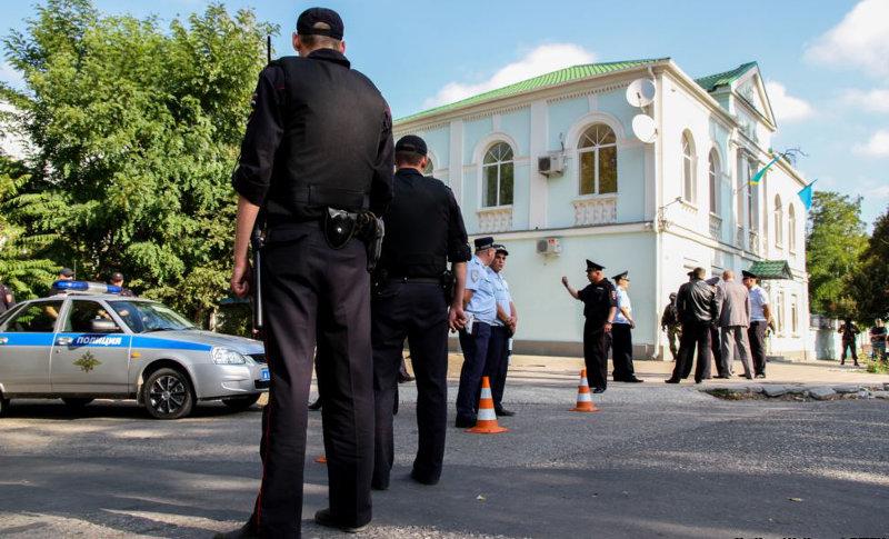 В Крыму идут обыски у представителей меджлиса крымскотатарского народа