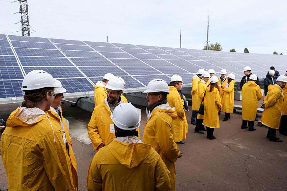 """Компания, которая работает на рынке """"зеленой"""" энергетики, намеренно готовят к банкротству."""