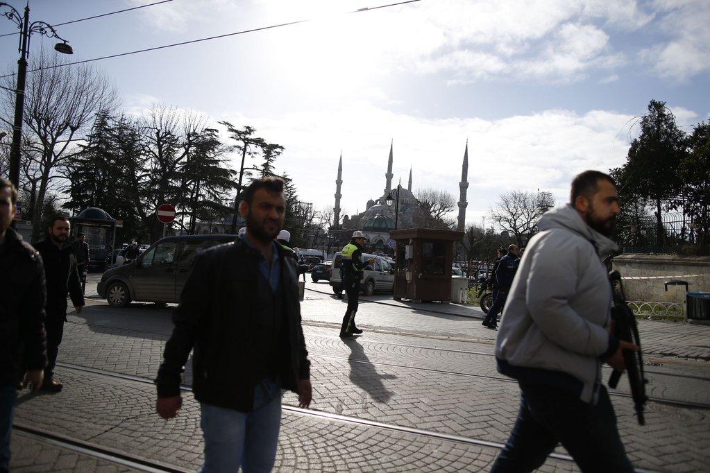 """Теракт в Стамбуле — """"Апостроф"""" собрал главные подробности"""