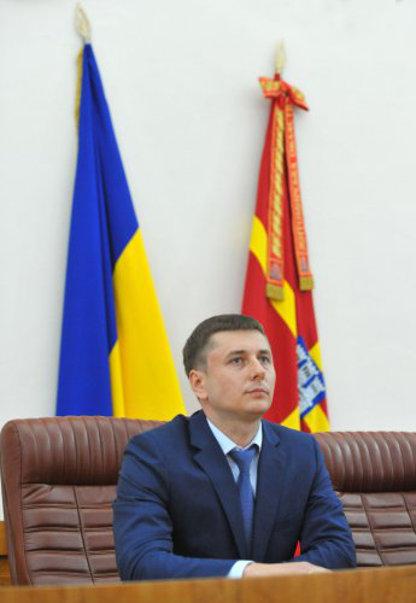 Петр Порошенко приступил к ротации губернаторов