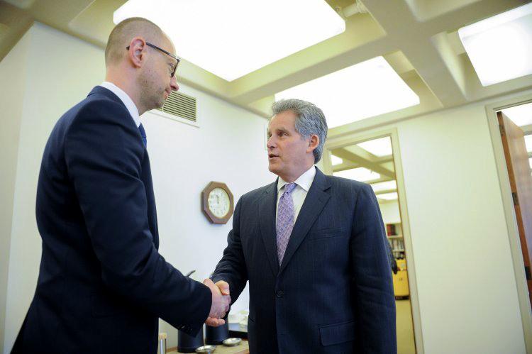 МВФ решил не обращать внимания на долг перед Россией