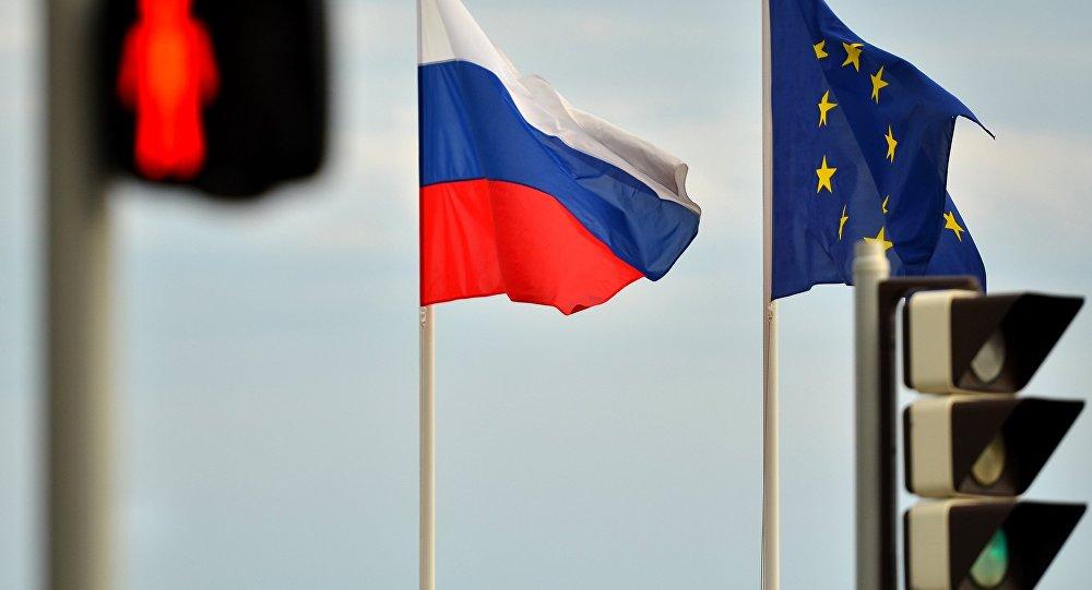 Журналисты призывают не торопиться с отменой санкций ЕС против России