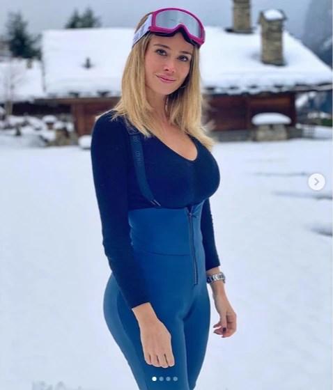 Самая сексуальная спортивная журналистка Европы рассказала, как проводит время на карантине - фото