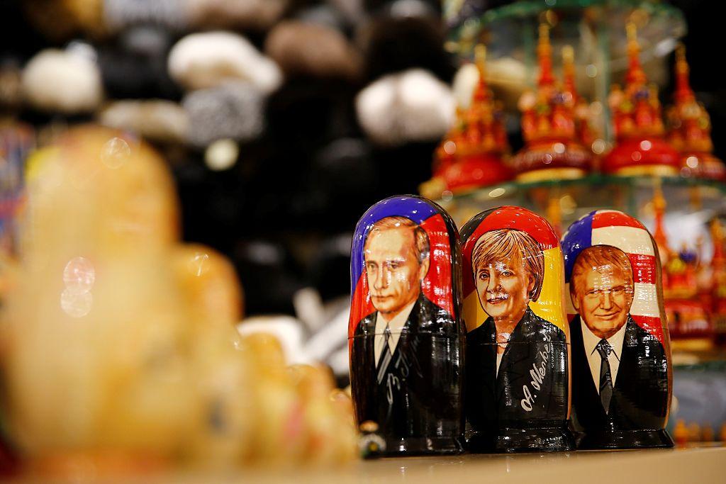 Російський експерт Дмитро Орєшкін про те, як Кремль хоче залякати Європу, балансуючи на лезі ножа