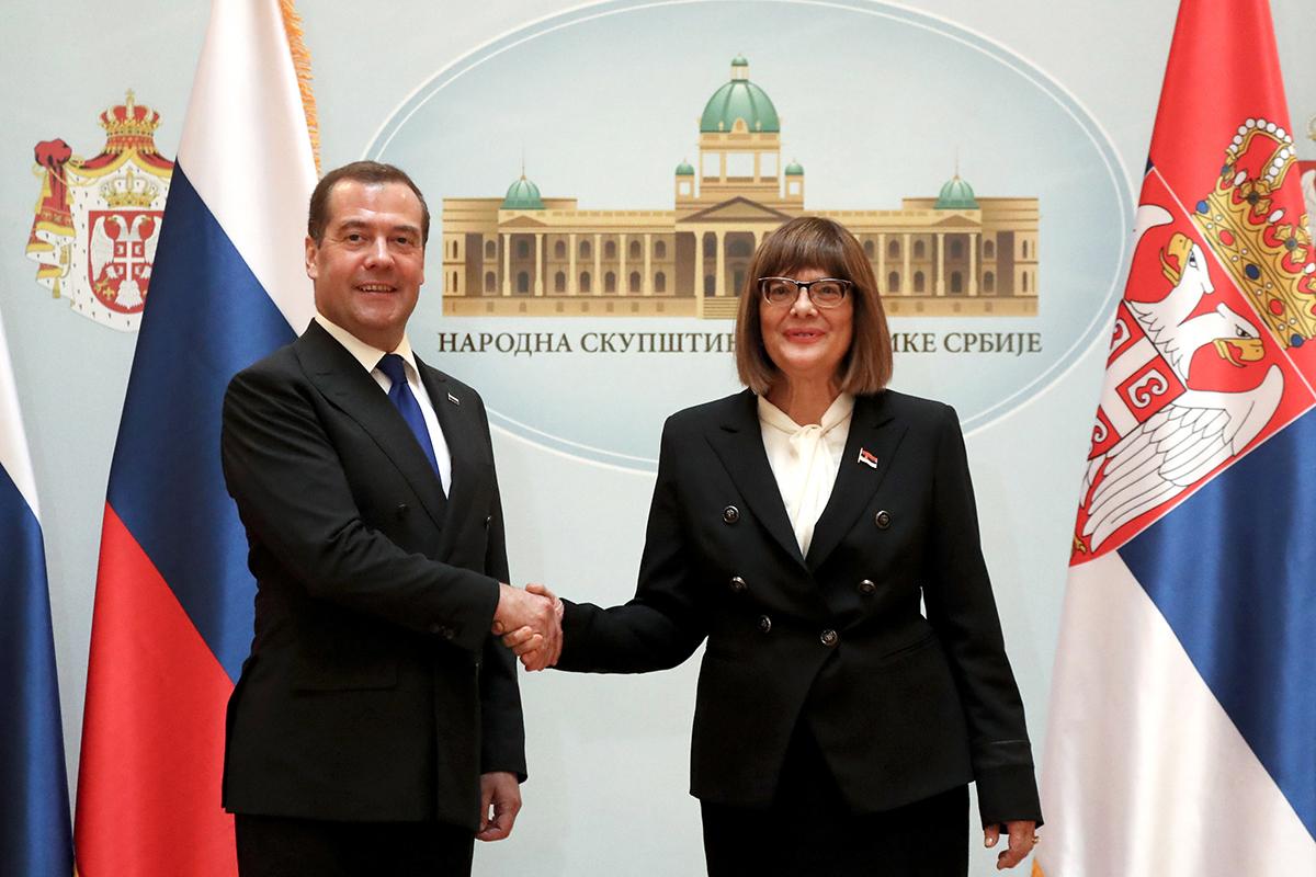 Сербия подписала соглашение о зоне свободной торговли с Евразийским экономическим союзом