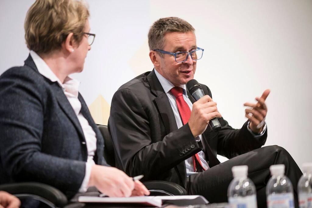 """Нужны ли Украине """"варяги"""" в креслах министров"""