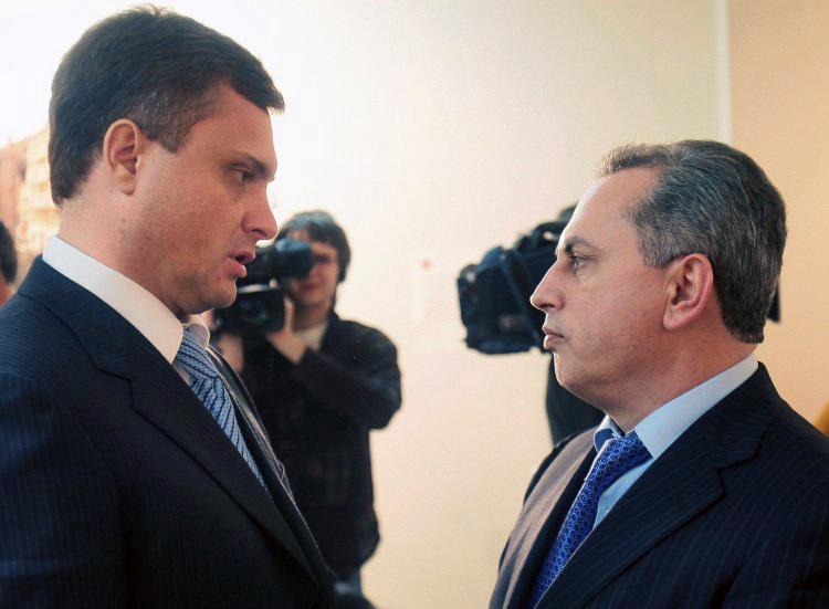 """В партии """"Оппозиционный блок"""" разгорелась внутренняя борьба за власть"""