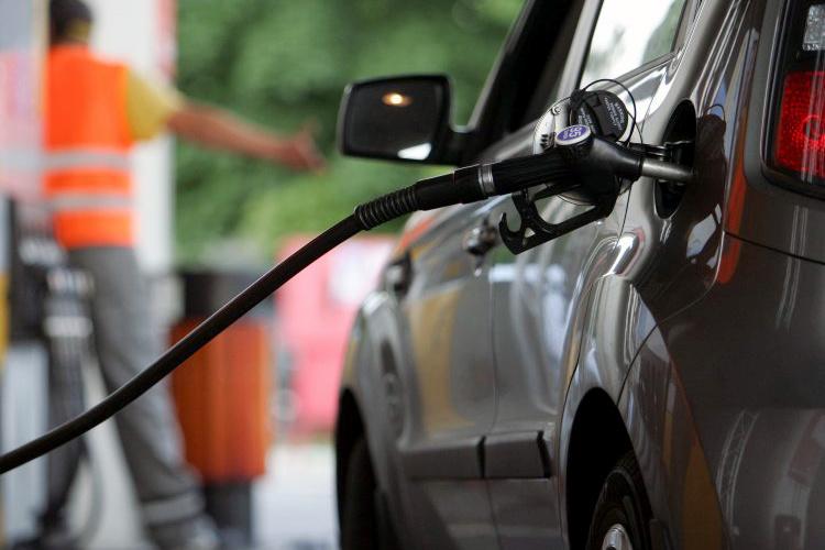 В ближайшие дни подорожать может бензин, дизельное топливо и сжиженный газ