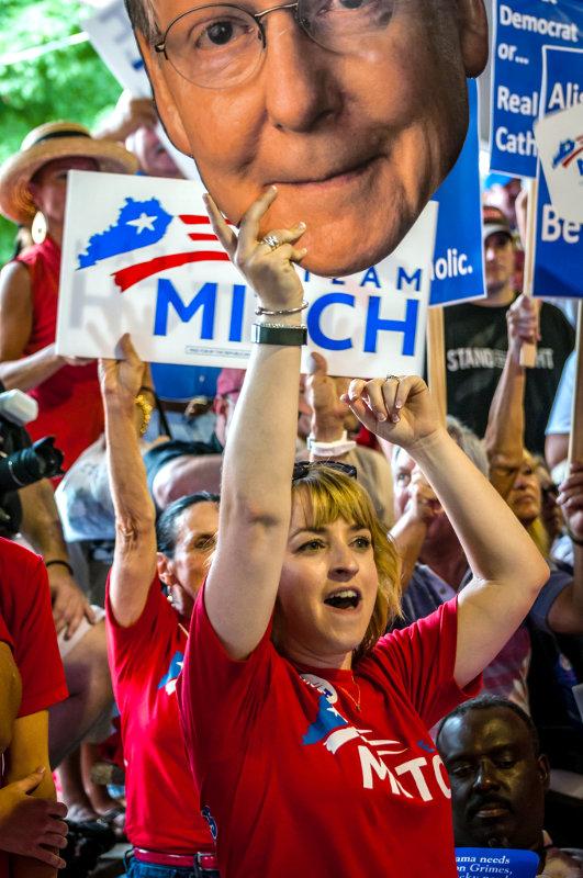 Республиканская партия получила большинство в обеих палатах Конгресса