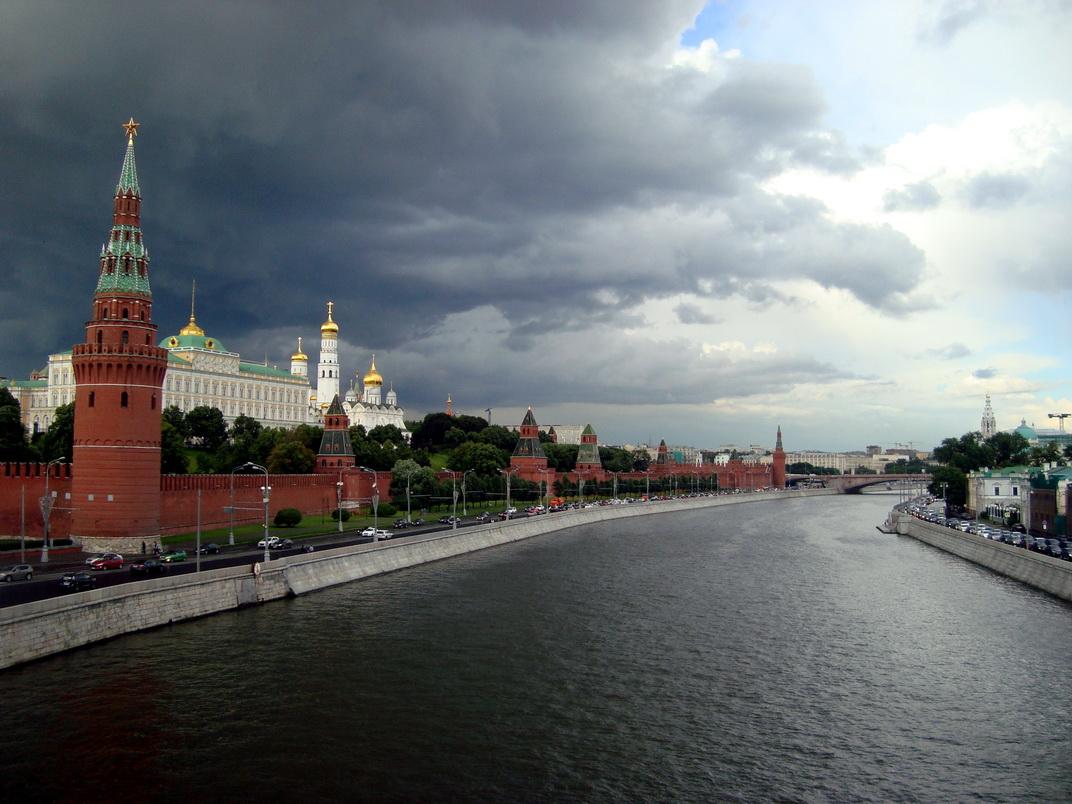Дмитро Орєшкін про сценарії збереження влади Путіна