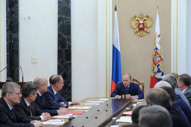 Москва ответит на внешние вызовы усилением обороносособности