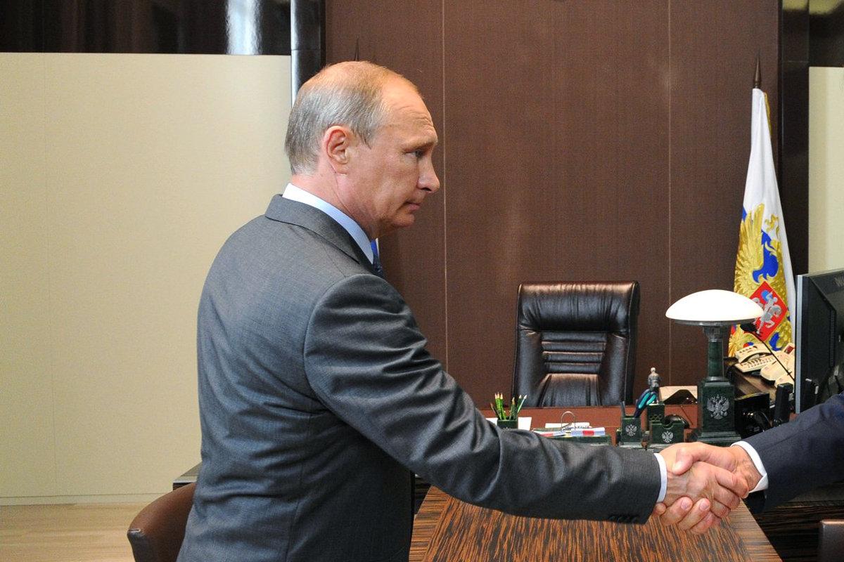 Почему Путин стал создавать себе новый позитивный образ?