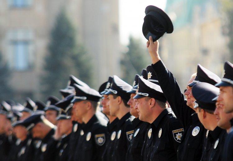 В столице началась переаттестация бывших милиционеров, которые хотя перейти на работу в полицию