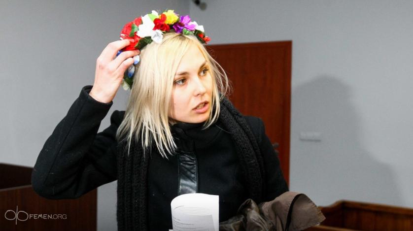 Активистка движения рассказала, как девочки перессорились и не поделили власть