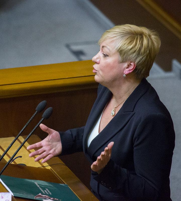 Премьер-министр недоволен деятельностью главы Нацбанка