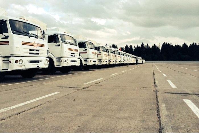 Украина внимательно изучит содержание гуманитарной помощи, идущей из России
