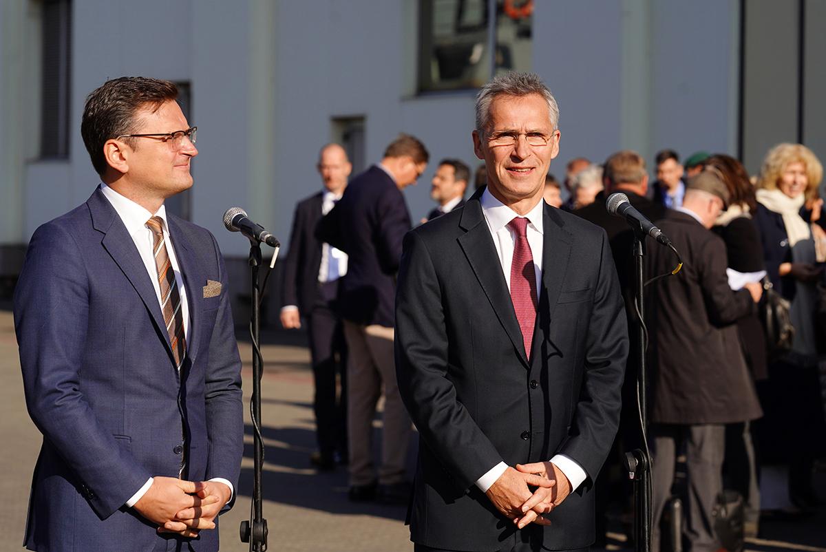 В Киев прибыл генсек НАТО Йенс Столтенберг