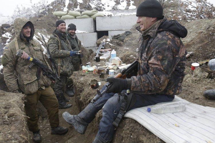 Какого развития событий на Донбассе ждут бывшие и нынешние бойцы АТО