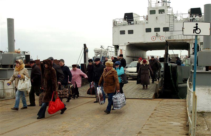 Украинцы сталкиваются с увольнениями, невыплатами зарплат и преследованиями со стороны россиян