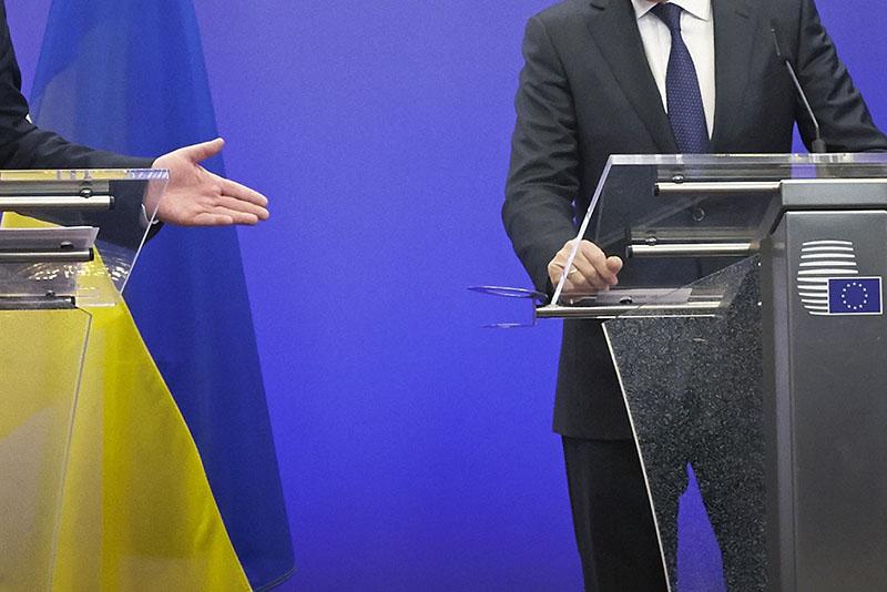 Во внешней политике Киеву будет непросто