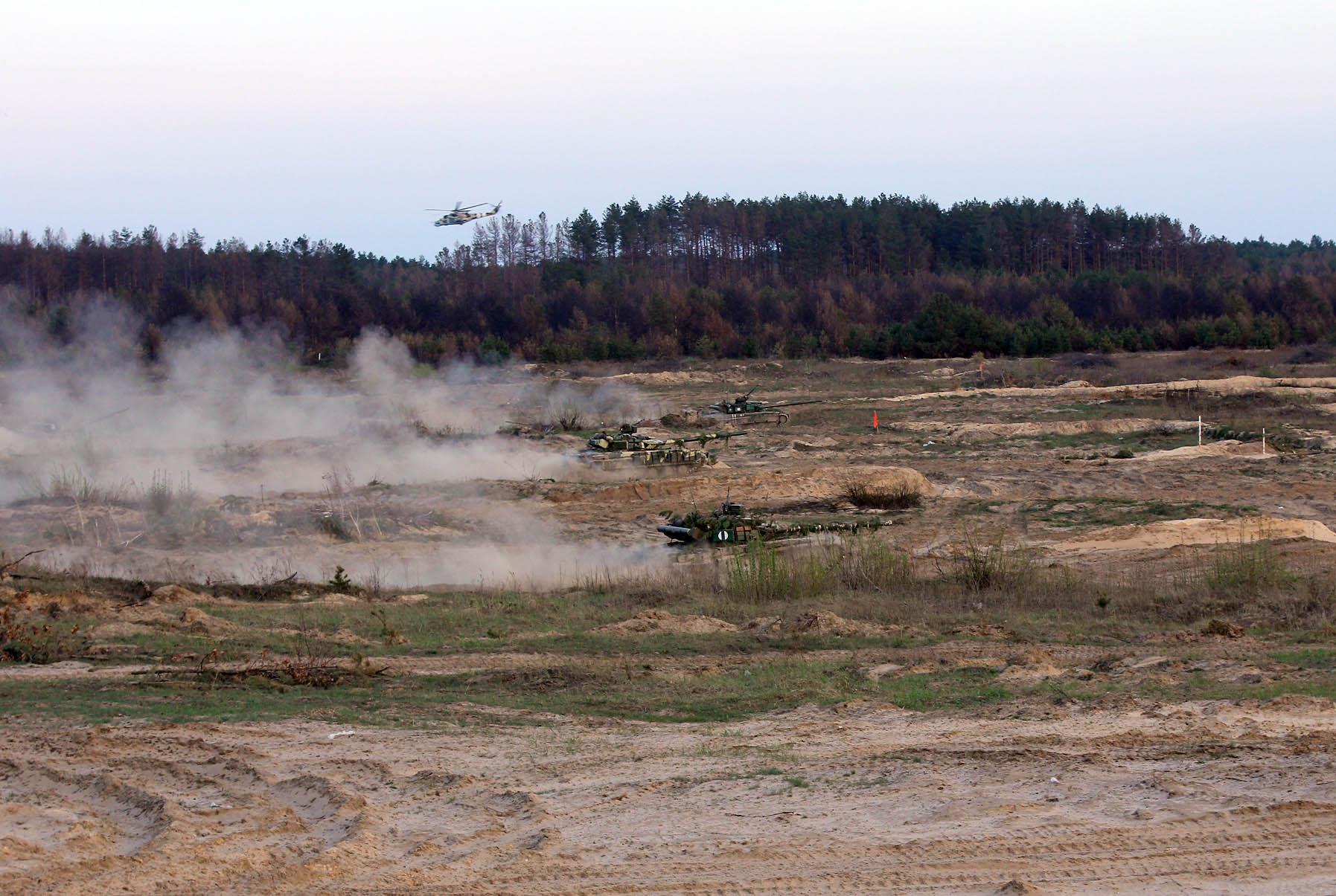 Киев заявил об обострении ситуации в Донбассе на всех направлениях