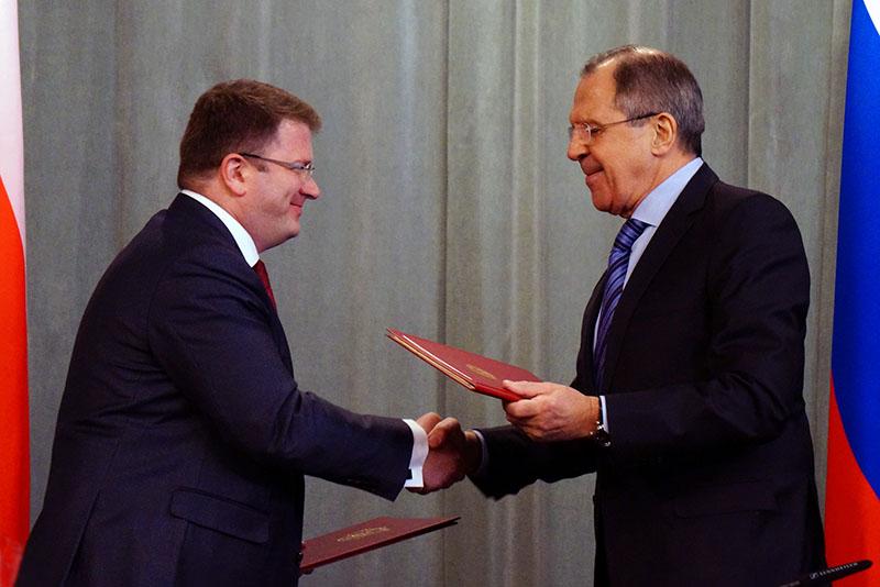 Владимир Путин стремится оформить официальные отношения с непризнанной республикой