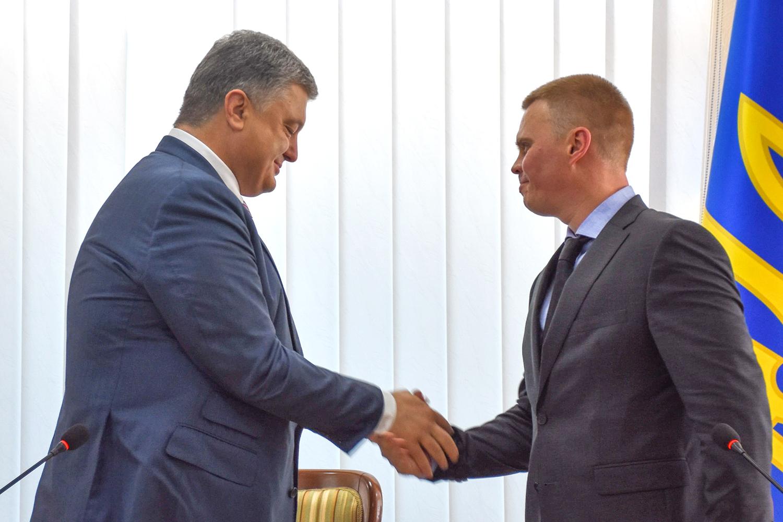 Зачем Порошенко сменил власть в Донецкой области