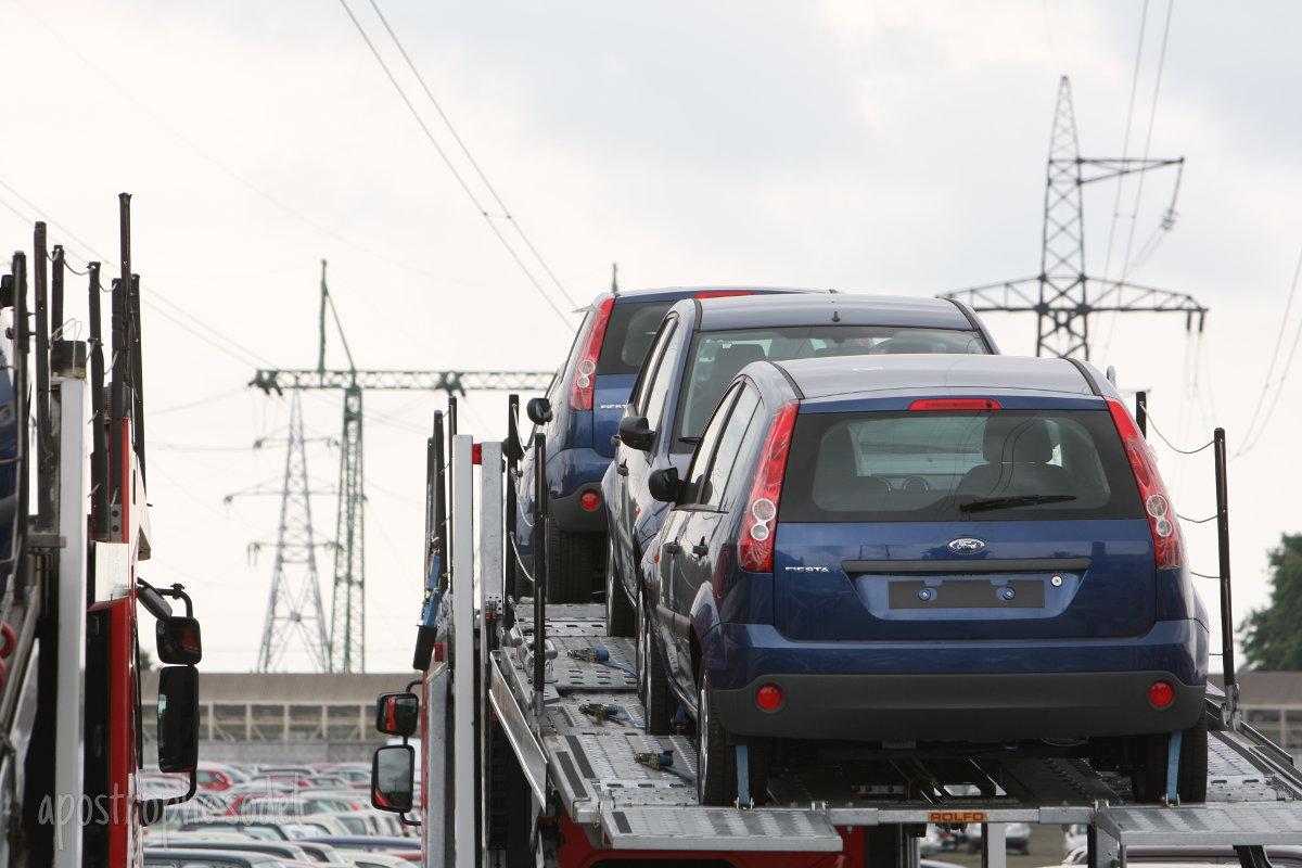 Блогеры неоднозначно отреагировали на перспективу удешевления б/у автомобилей