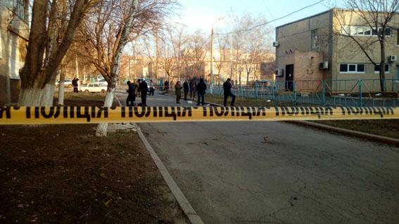 Школьник умер вУгледаре— вруках взорвалась граната, информирует милиция