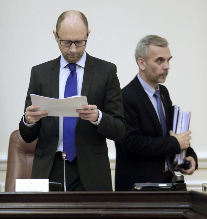 Министр здравоохранения отстранен от исполнения обязанностей из-за провала госзакупок медпрепаратов