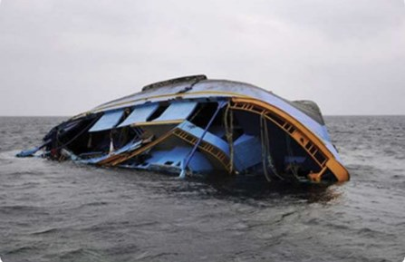 Картинки по запросу на озере виктория утонули