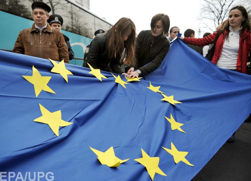 """Формальных причин задерживать """"безвиз"""" не осталось, но в ЕС все же могут найти препятствия"""
