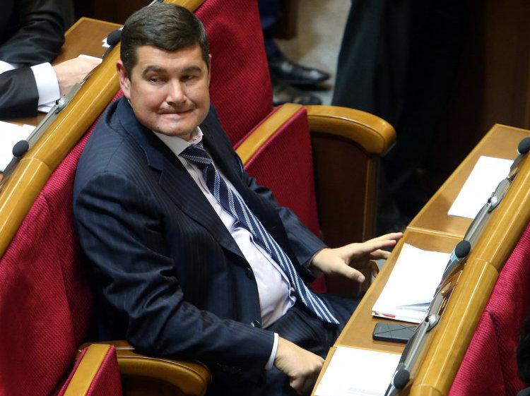 """""""Апостроф"""" разбирался, почему история с газовыми схемами Онищенко получила резонанс именно сейчас"""
