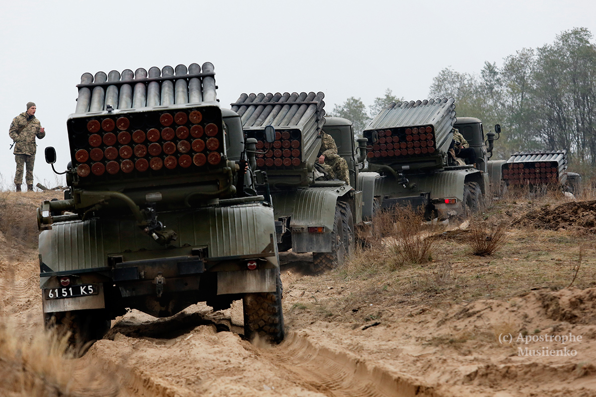 Сможет ли украинская армия двигаться вперед на 64 млрд грн