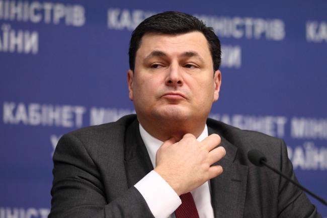 Министр не выдержал давления со стороны народных депутатов