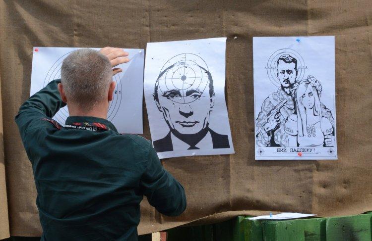 Место Гиркина - на скамье подсудимых в Гааге или Киеве