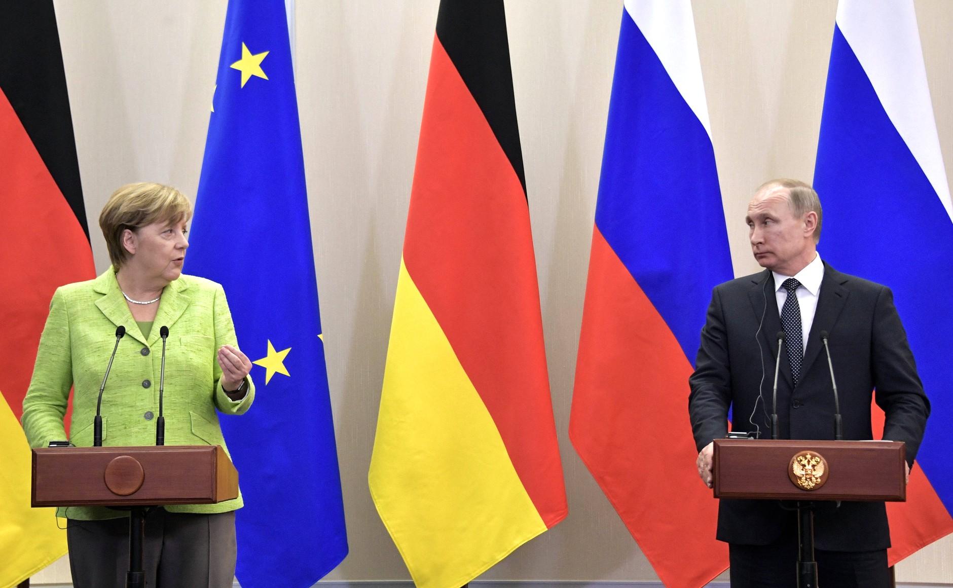 Заявления Путина после встречи с Меркель - это старые установки в действии