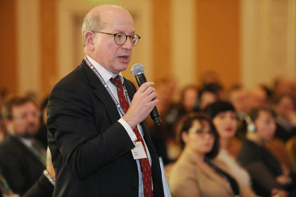 Стратегія Заходу має бути у підтримці України усіма способами, крім війни