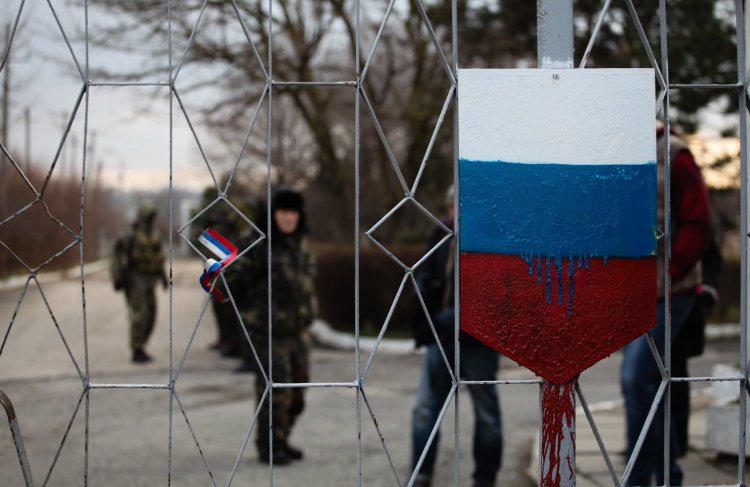 Российский экономист объяснил, как Украине следует поступить с псевдореспубликами на Донбассе