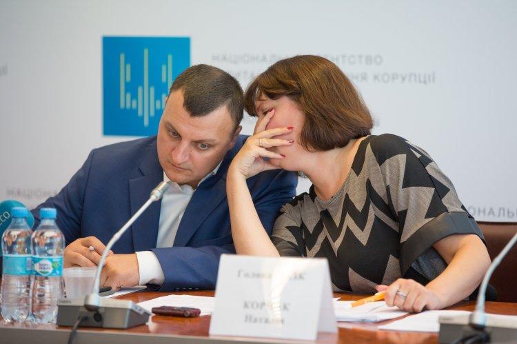 Ernst & Young поставила Украину на первое место по уровню коррупции в бизнес-среде