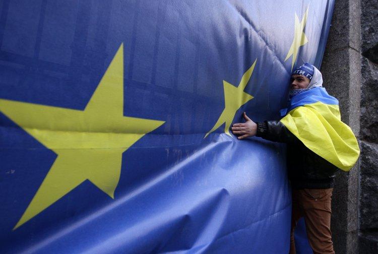 Политики и эксперты спрогнозировали, какая судьба ждет Соглашение об ассоциации между Украиной и Евросоюзом