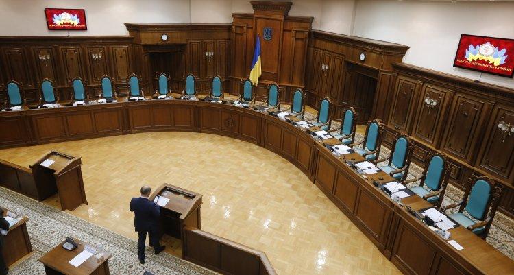 ВР и АП не спешат выбирать судей