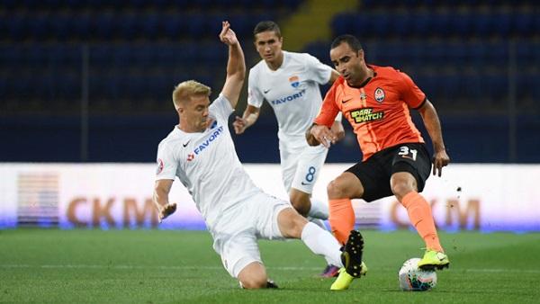 Мариупольский и донецкий коллективы встречались в матче 16-го тура чемпионата Украины