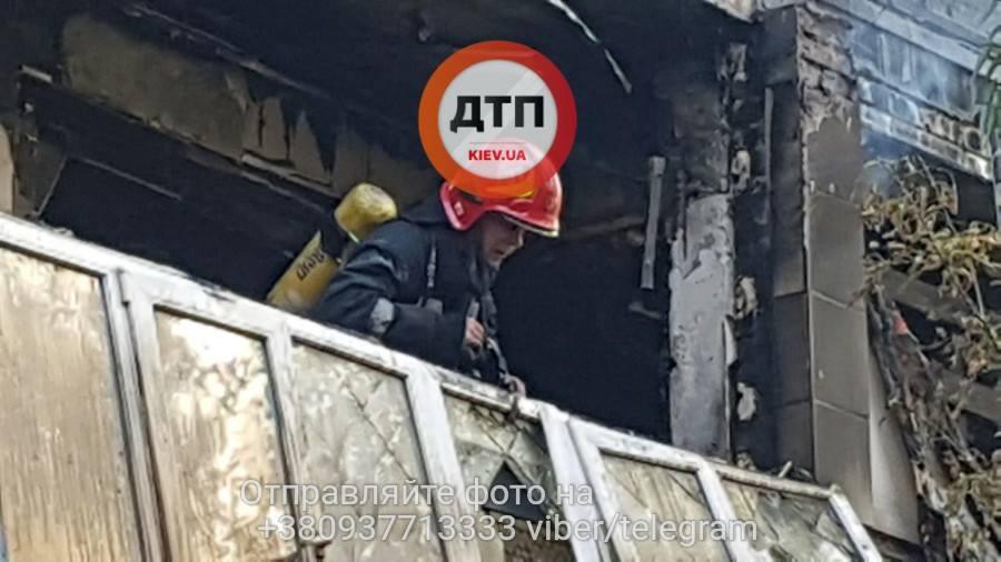 Из-за пожара вКиеве эвакуировали 10 человек— ГСЧС
